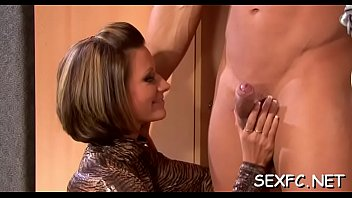 hasbend video frnd waif repd Outdoor granny orgy