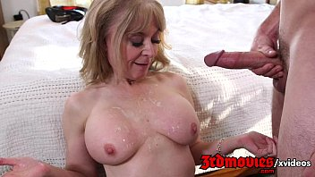 friend sex sons mom hartley nina Unusual tongue job