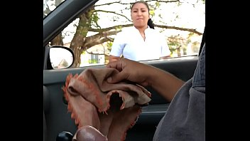 9 mi carro en Husband create a video with his wife and callboy
