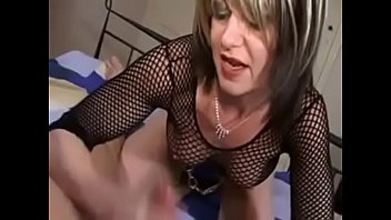 humps woman guy Wife gets cock and cuckold feet