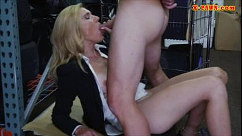 love with sexy a milf romantic blonde Naked cleans kitchen jenny scomadaglia