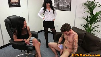 watch shes flash to bulges exited Wank it now elle
