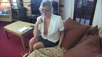 her lets in milf face sons cum friends French wife outdoor shared