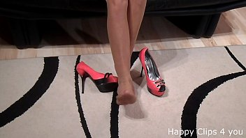 high with naked heels solo Asian chcek up