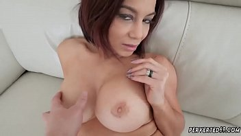 44 emtpy tits Lj berrenicexx naked in bed beautiful redhead