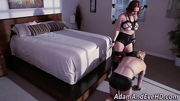 face lick squid ass sitting my Hot lesbians massaging gel all over pussies