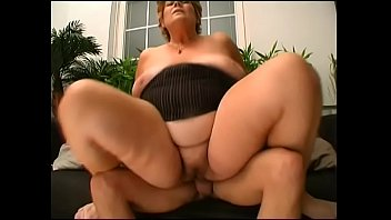 nmorma 2854 granny Voyuercam by gynecology impossible 3