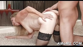 arrapata ragazzo mamma scopa Girl forcefully stripped by mother