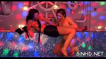 clubs fuc in pattaya Janice griffith chris strokes