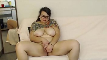 cam huge on with beautifil aunty showing housewife boobs Tami xxx hd